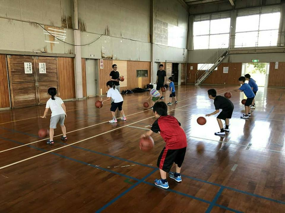 毎週木曜日はバスケ練習日‼